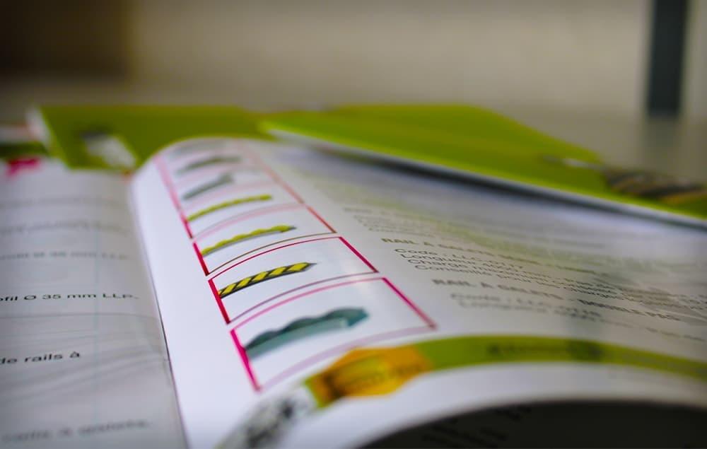 Notre catalogue produits en ligne présente l'ensemble de nos gammes : Lean modulaire, Sécurité et Protection, Stockage et Logistique. SODEFI